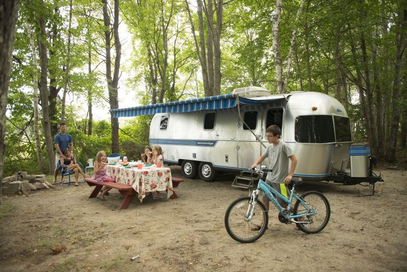 airstream-alex-with-bike-kids-and-ben-and-sonja-resized