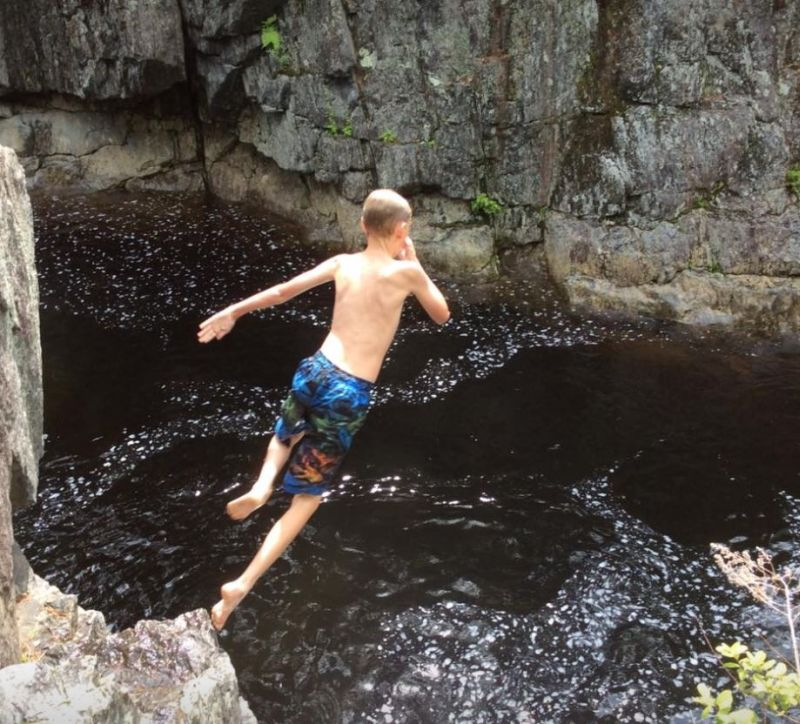 Coos-Canyon-Swimming